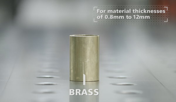 Material video brass